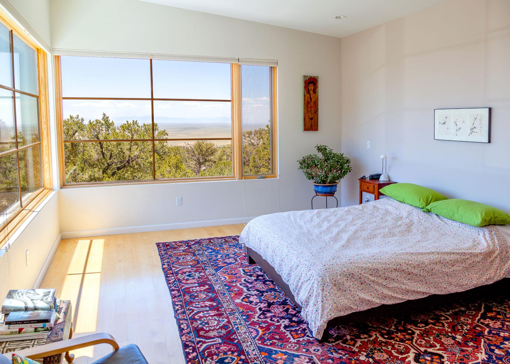 Darlene yarbrough real estate crestone colorado for Master bedroom living area